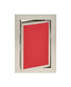 Луксозна ревизионна вратичка в червен цвят