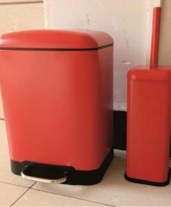Тоалетно кошче за баня МАТИ 8286R червен мат
