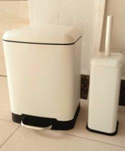 Тоалетно кошче за баня МАТИ 8286W бял мат