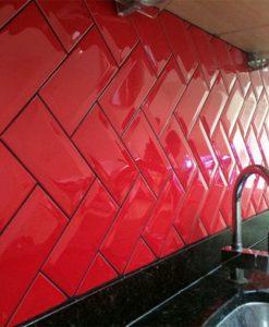 Гланцирани плочки модел Golden Tile METRO RED 10*20