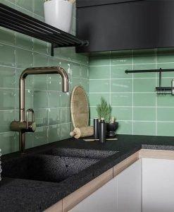 Плочки за баня и кухня Golden Tile Metro Menta 10*20