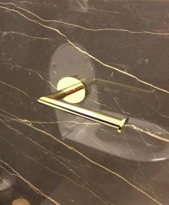 Аксесоари за баня серия Modern Project Omnires в златен цвят
